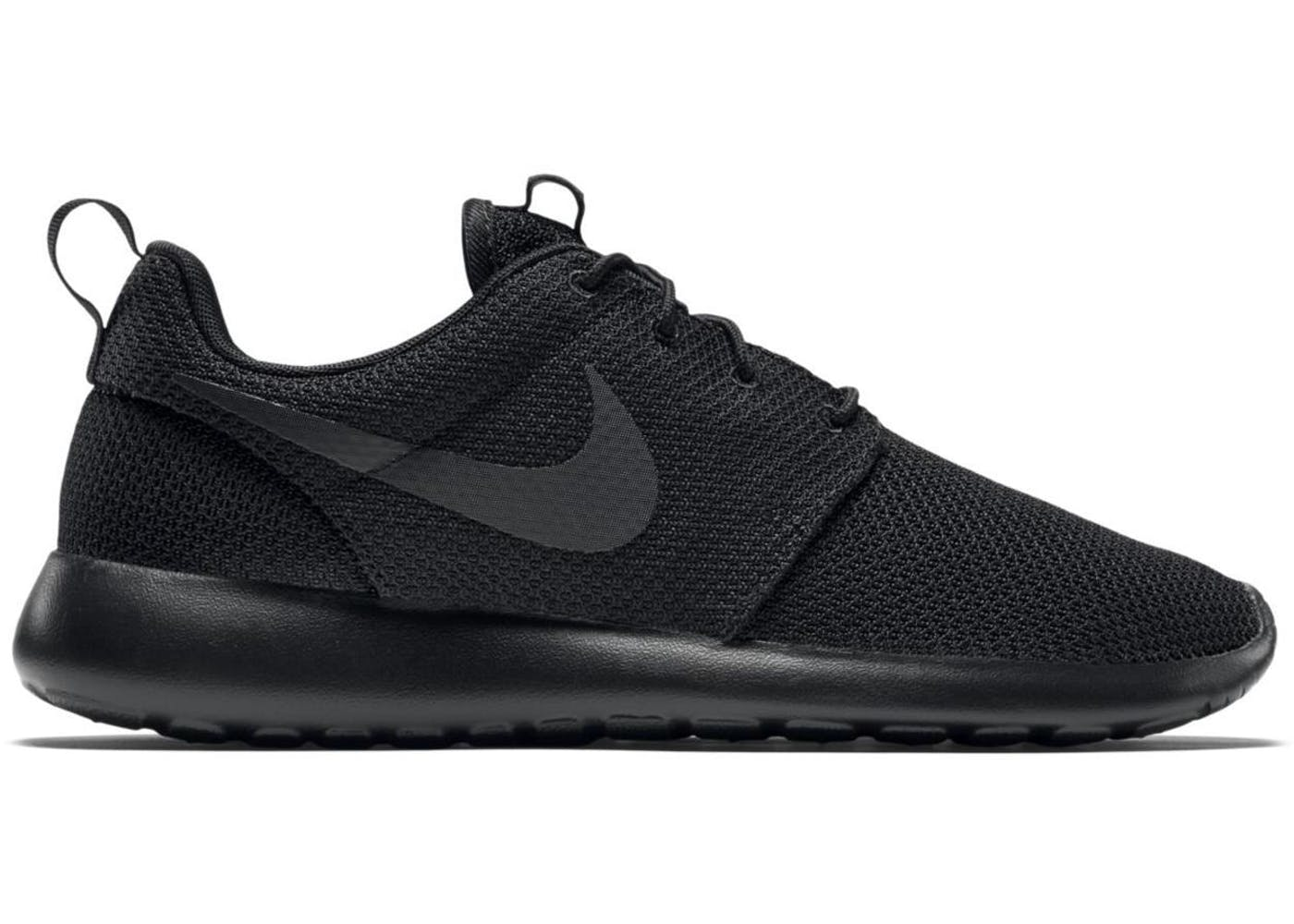nike roshe run triple black. Black Bedroom Furniture Sets. Home Design Ideas