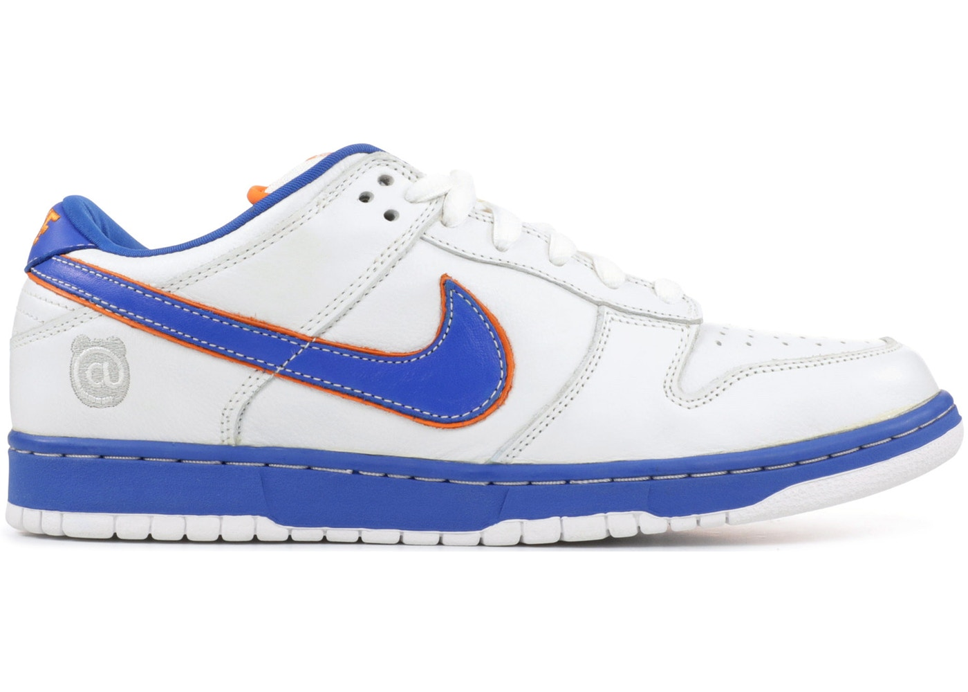 online store e3f8c a48f4 Nike SB Dunk Low Medicom 1 - 304292-142