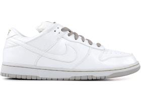 Nike SB Dunk Low Medicom 4