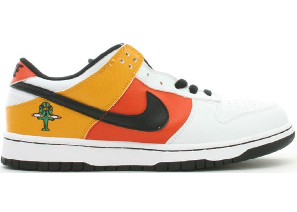 huge selection of c65d1 4230b Nike SB Dunk Low Raygun Home - 304292-802