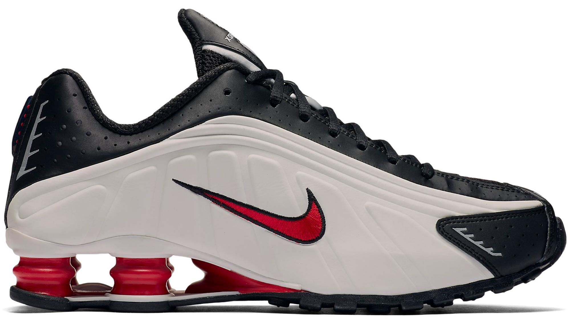 Nike Shox R4 Platinum Tint University