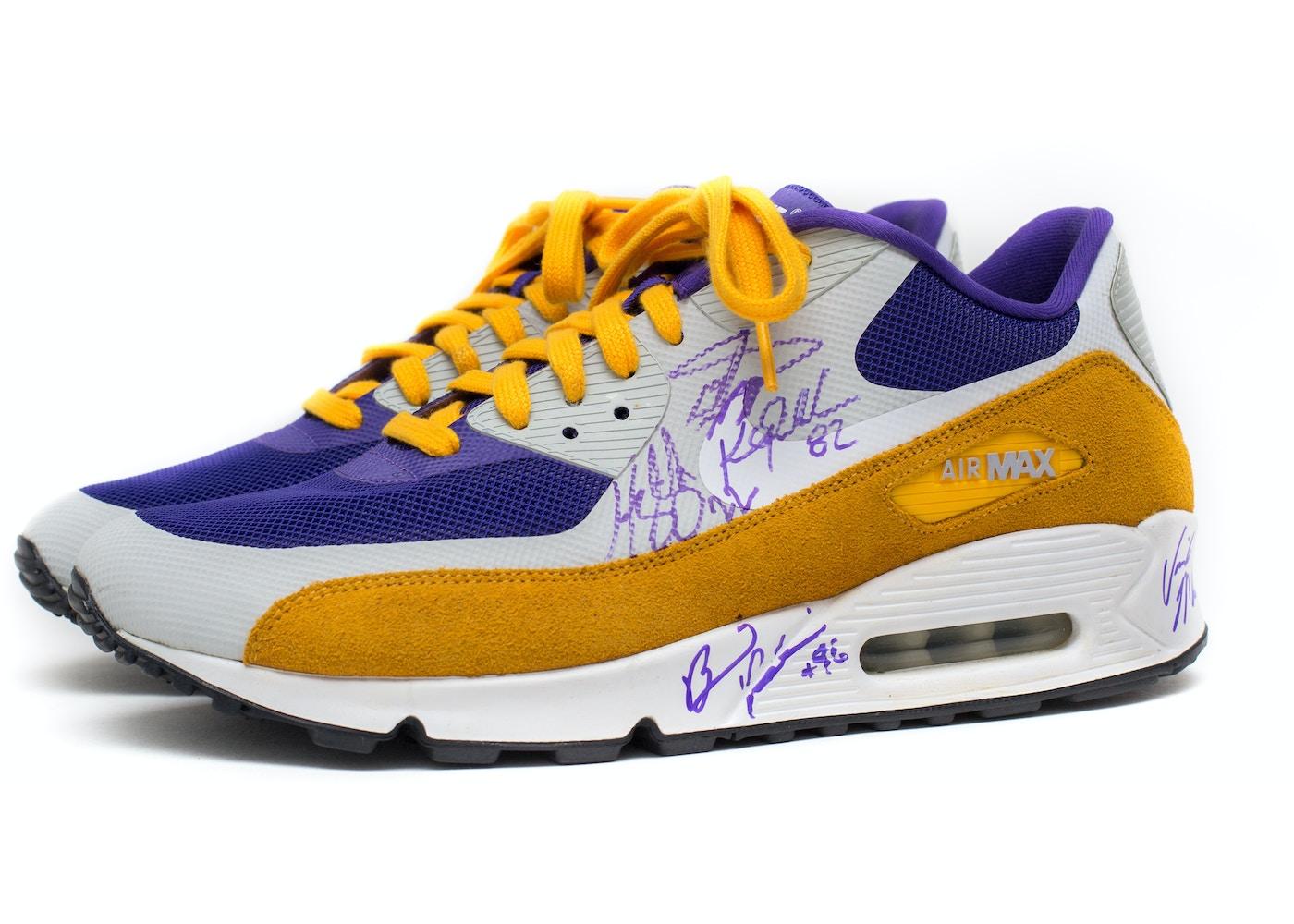 official photos 1e79c d5d9a Nike Air Max 90 Minnesota Vikings Signed (sz 12)