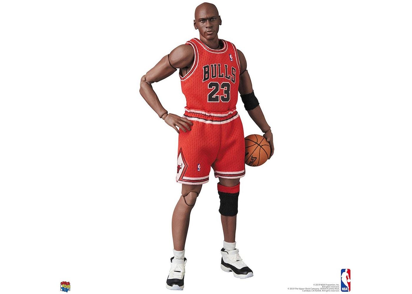 talento grava marca  Medicom Mafex NBA Chicago Bulls Michael Jordan Figure -