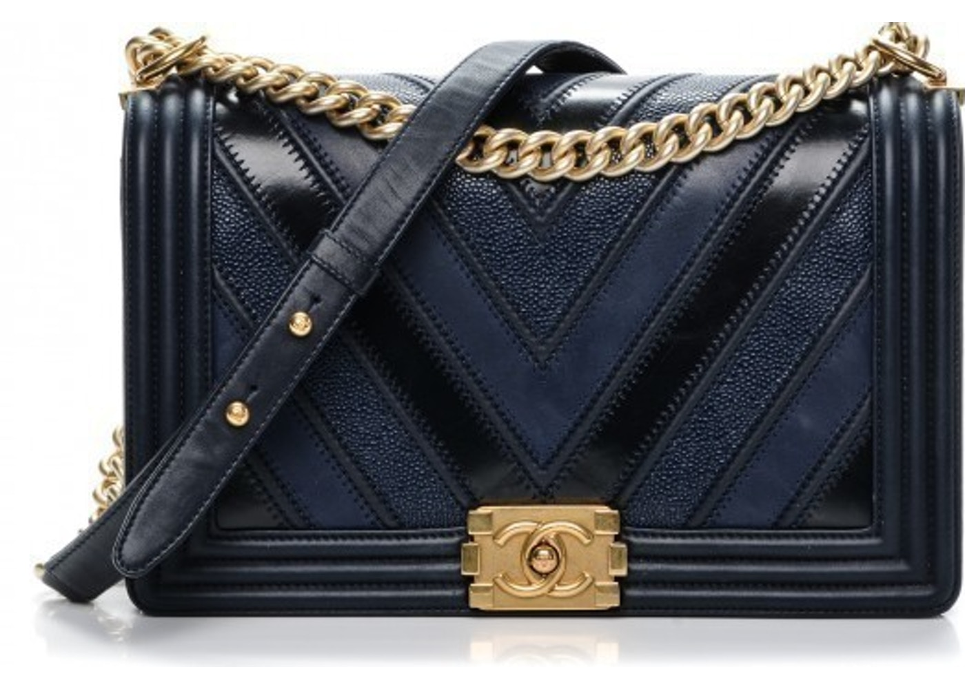745d27713ae3a3 Sell. or Ask. View All Bids. Chanel Boy Flap Chevron New Medium Navy Blue