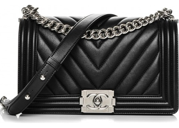 fdf8cbaac046 Chanel Boy Flap Chevron Quilted Medium Black