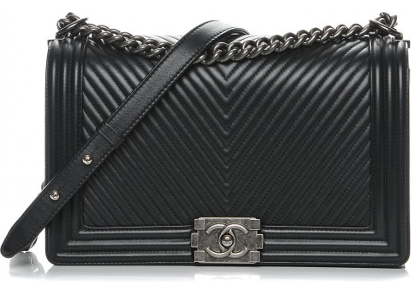 fb71c1a4a4f6 Chanel Boy Flap Chevron Quilted New Medium Black. Chevron Quilted New Medium  Black