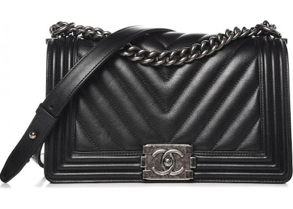 f08bf5ae9499 Chanel Boy Flap Chevron Quilted Medium Black
