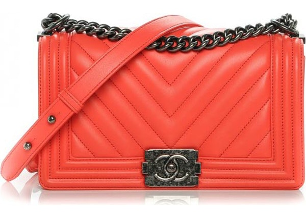 e6da00e3a11b Chanel Boy Flap Chevron Quilted Quilted Medium Neon Coral Orange