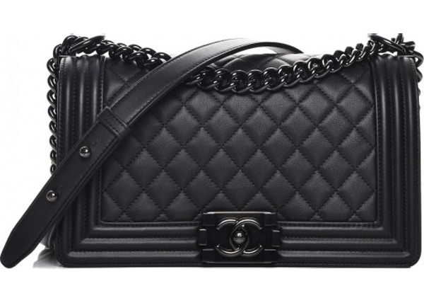 da5ca58c08ffbb Chanel Boy Flap Quilted Diamond Calfskin Medium So Black