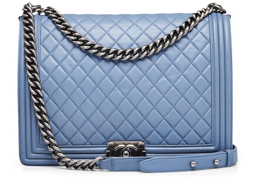 Chanel Boy Flap Quilted Diamond Large Blue