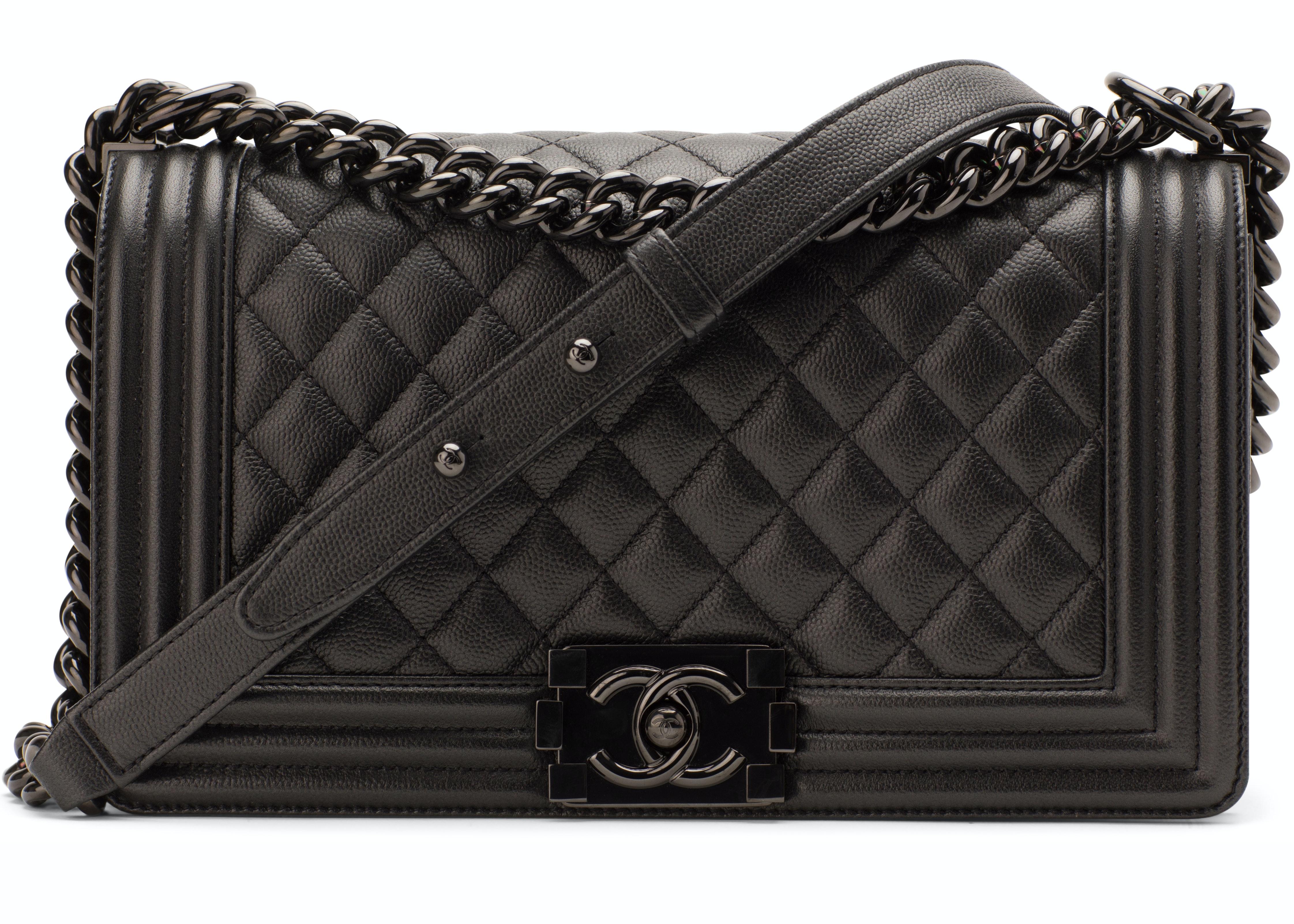 Chanel Boy Flap Quilted Medium So Black