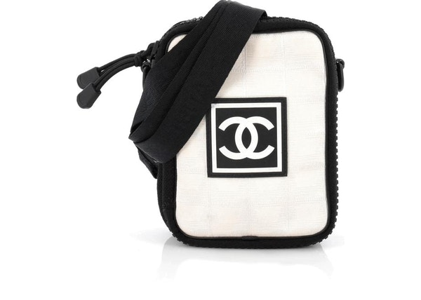 b2c832025d6 Buy & Sell Chanel Other Handbags - New Highest Bids