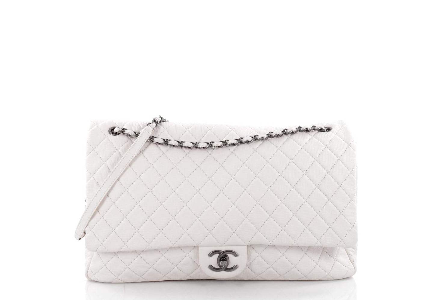 b599fb848774 Chanel Airlines CC Flap Bag Quilted Diamond XXL Off White. Quilted Diamond  XXL Off White