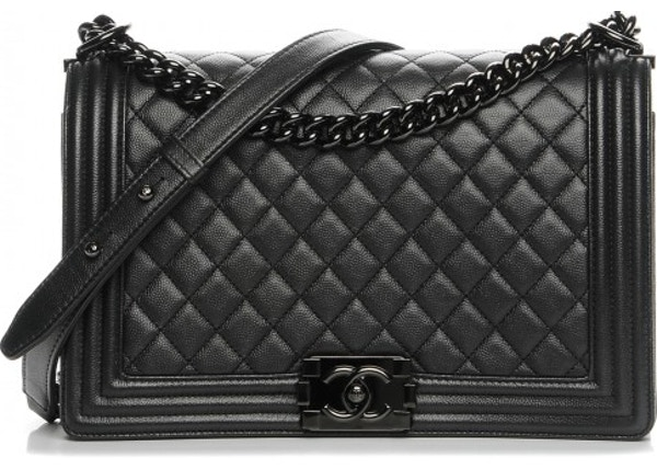 63604a026e39 Chanel Boy Flap Quilted Diamond New Medium So Black