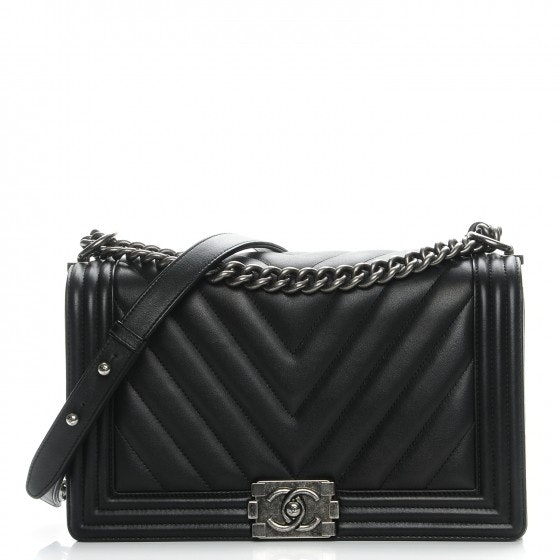 Chanel Boy Flap Quilted Chevron New Medium Black