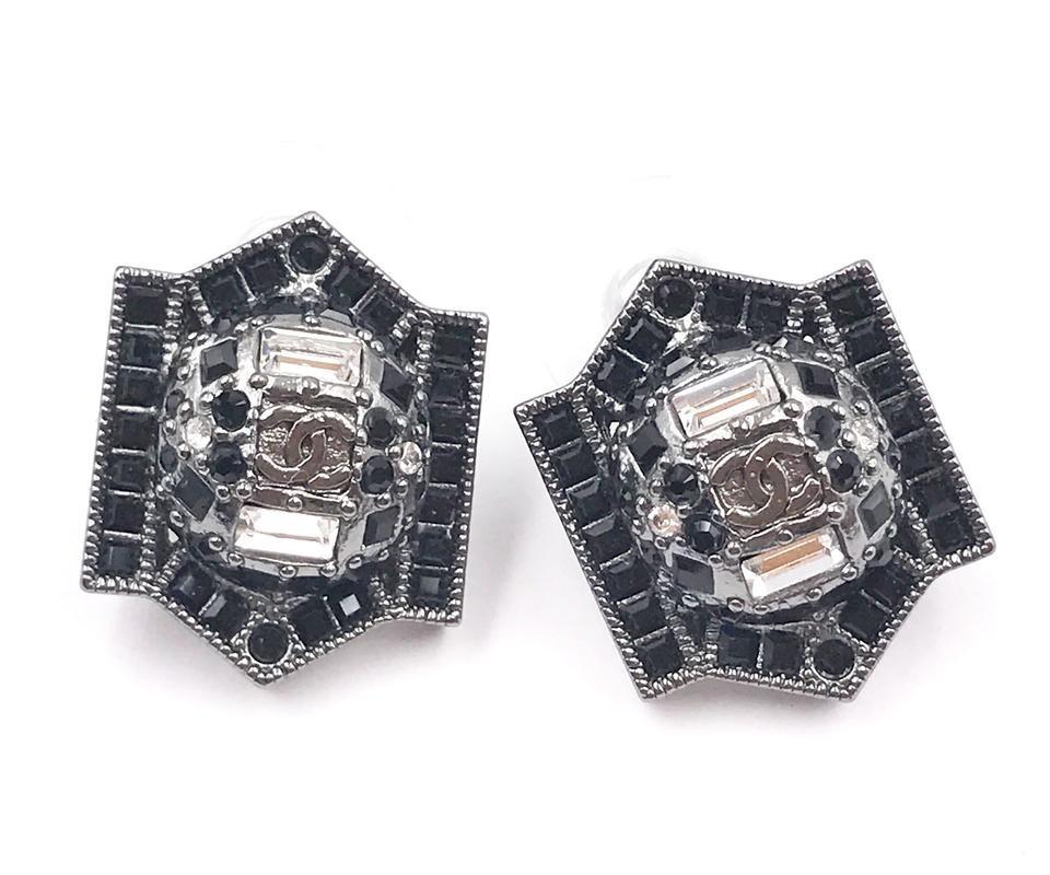 Chanel Patch Earrings Ruthenium-tone Black/Silver