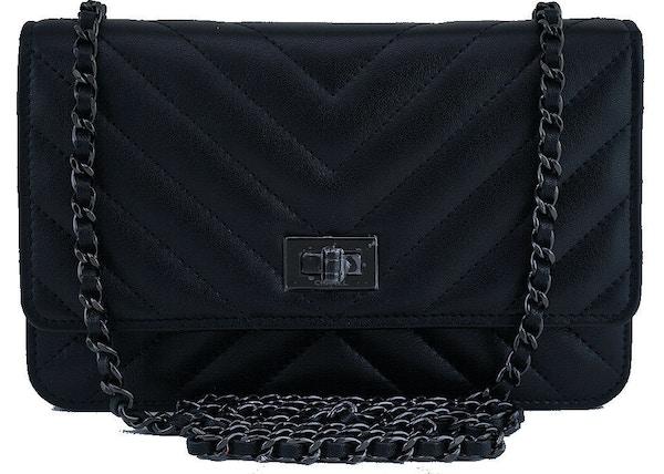 e95240c6c78f Chanel Reissue 2.55 So Black Quilted Chevron Black