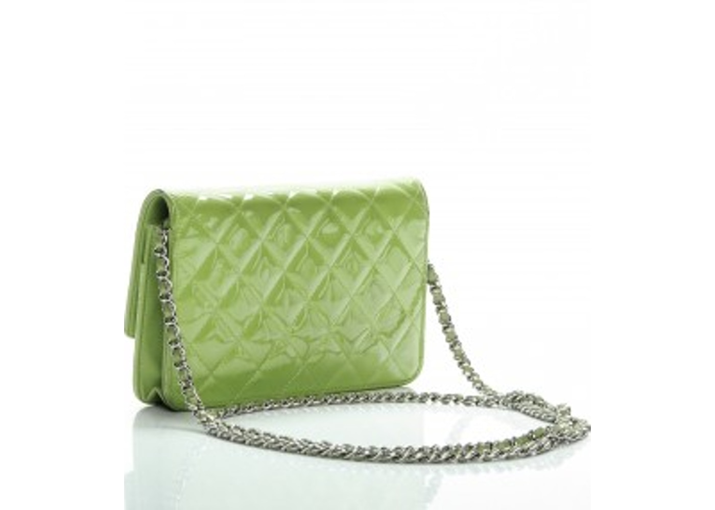 8e90c99f34f620 Chanel Brilliant Wallet On Chain Diamond Quilted Glossy Bright Green