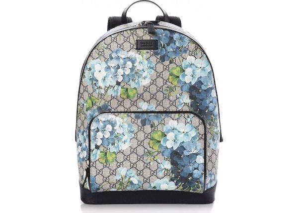12e90fabcbf5ce Gucci Backpack Monogram GG Supreme Blooms Print Medium Blue