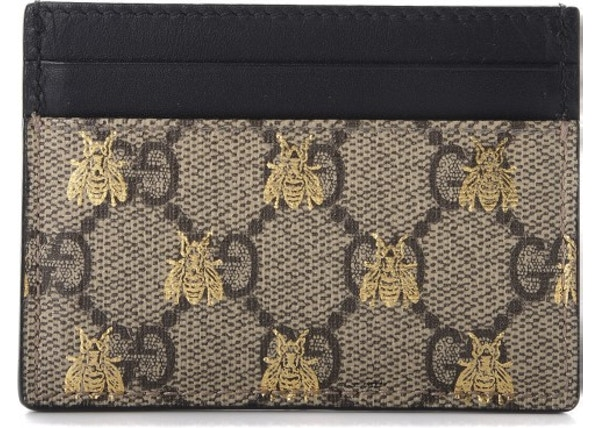 f6e2ccc9f3c98c Gucci Card Case GG Supreme Bee Print Beige