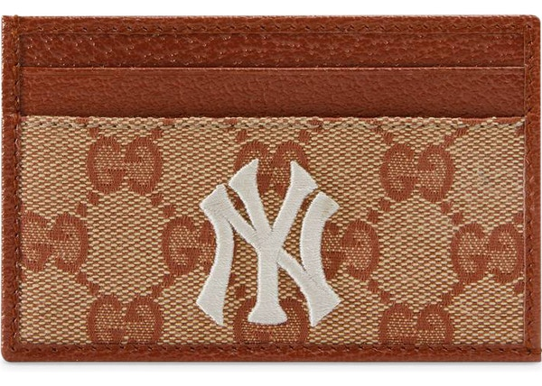 ef0b0bd6541 Gucci NY Yankees Patch Card Case GG Beige Brick Red