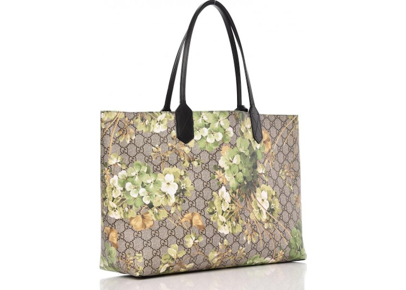 9d3fef90421 Gucci Reversible Tote Monogram GG Supreme Blooms Print Medium Green
