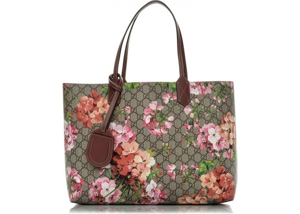 2d553b5610c4 Gucci Blooms Print Reversible Tote Monogram GG Supreme Pink Floral Overlay  Print Medium Brown/Multicolor