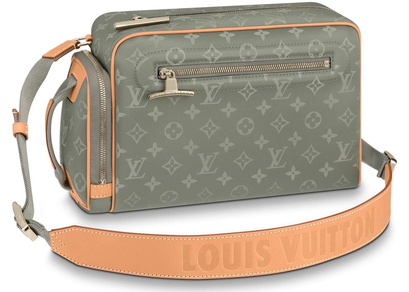 Louis Vuitton Camera Bag Monogram Anium