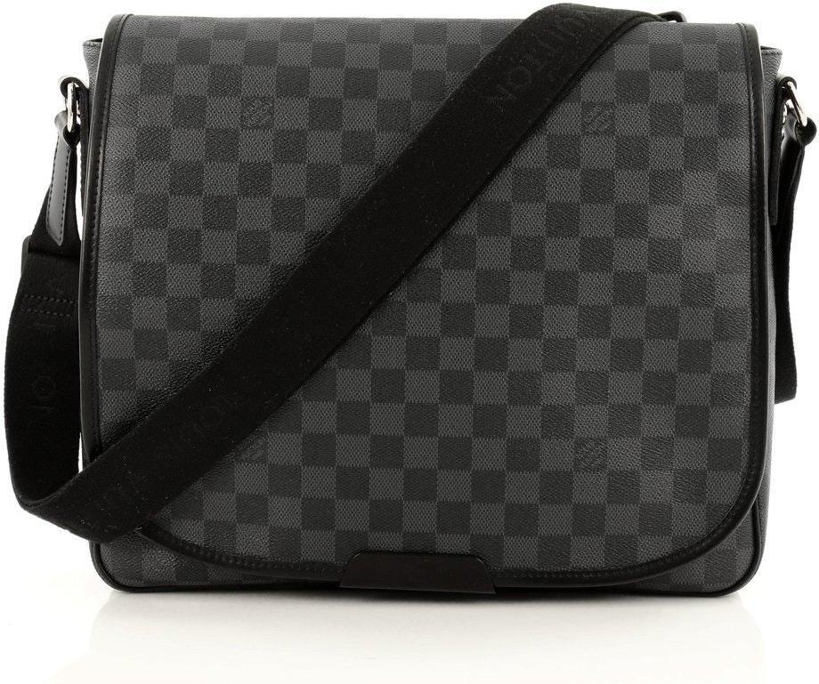 Louis Vuitton Daniel Damier Graphite MM Black