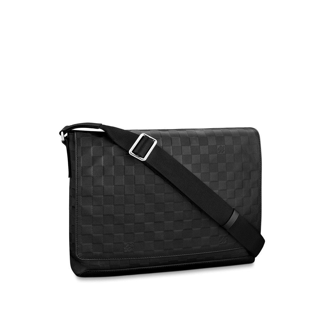 Louis Vuitton District Messenger Bag Damier Infini MM Onyx