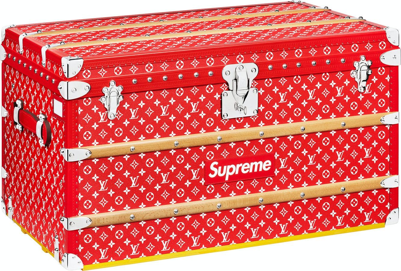 Louis Vuitton x Supreme Malle Courrier Trunk Monogram 90 Red