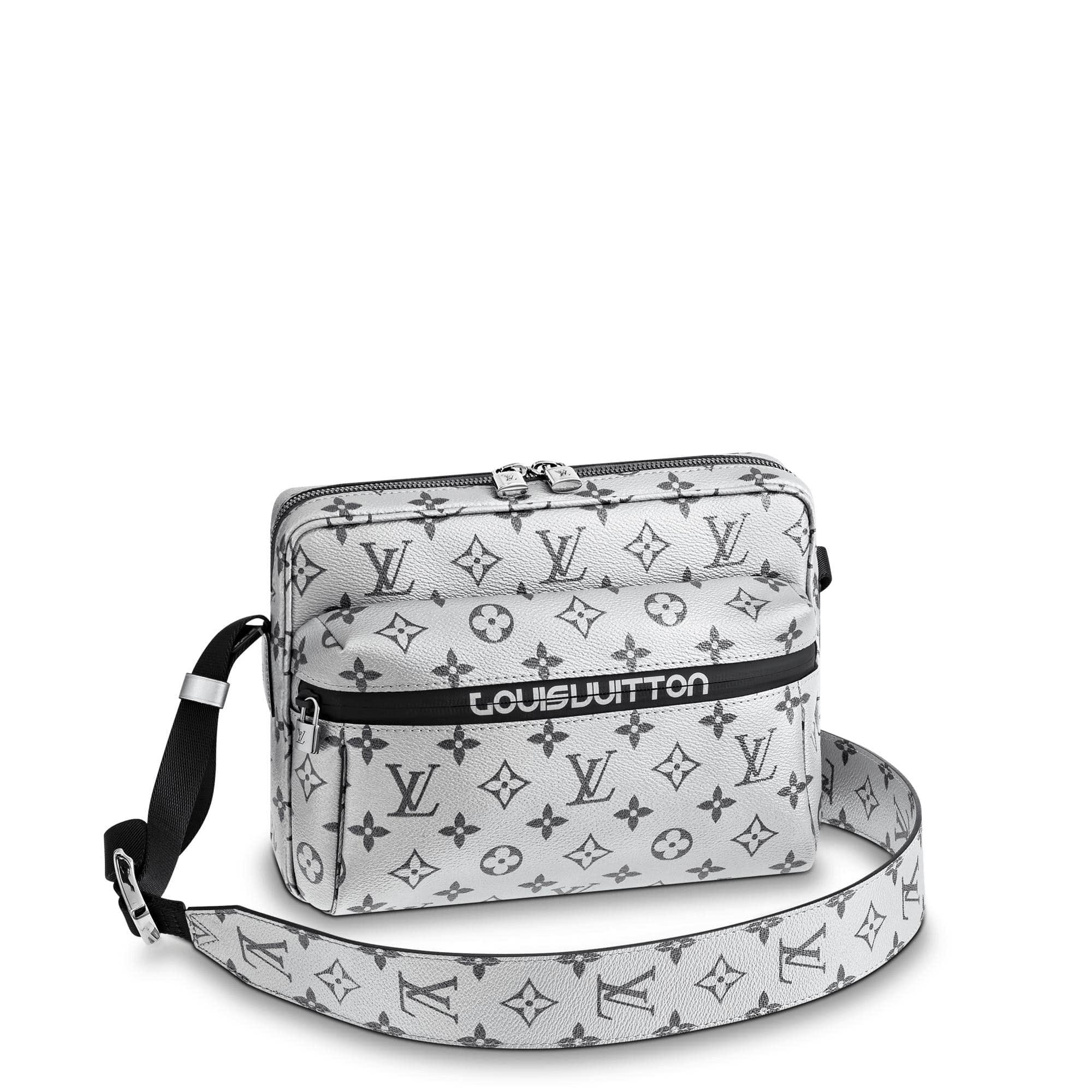 Louis Vuitton Messenger Monogram Outdoor PM White