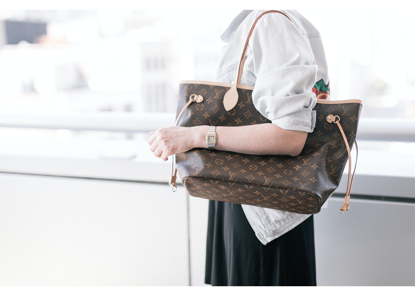 3df1e375437 Louis Vuitton Neverfull Monogram (Without Pouch) MM Beige Lining