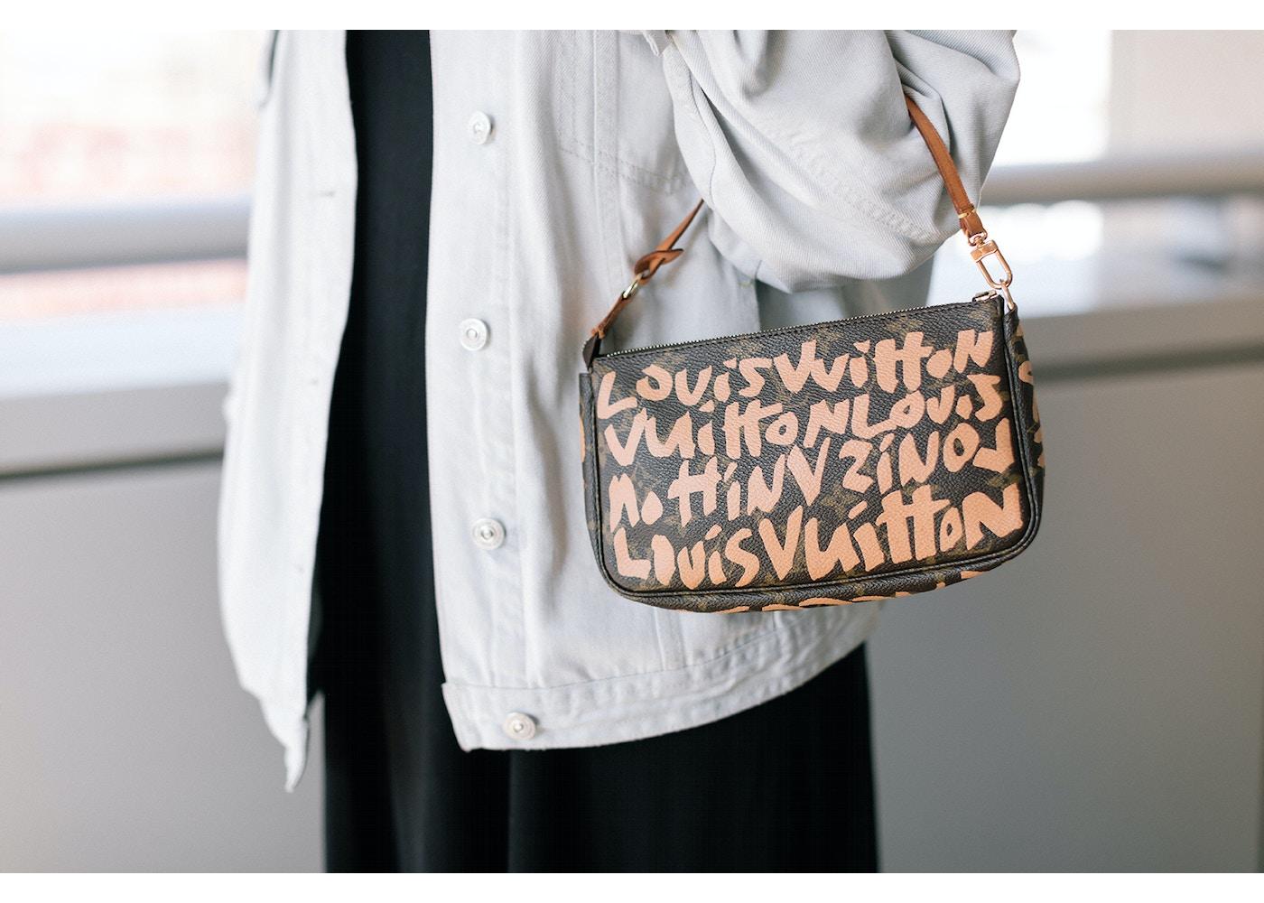080e03143ee5 Louis Vuitton Pochette Stephen Sprouse Monogram Graffiti