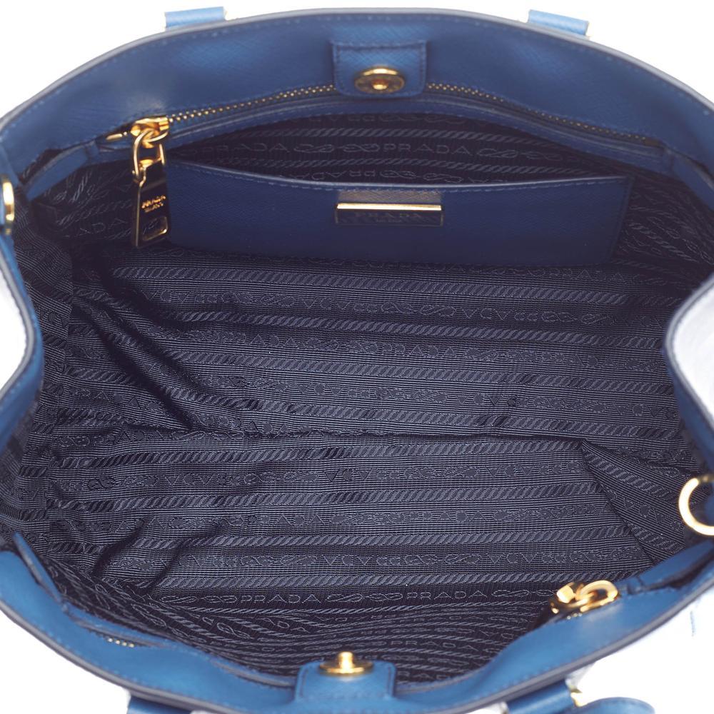 cb2365155c70 ... sweden prada lux tote saffiano small bicolor cobalto cornflower blue  a1286 a77a8 ...
