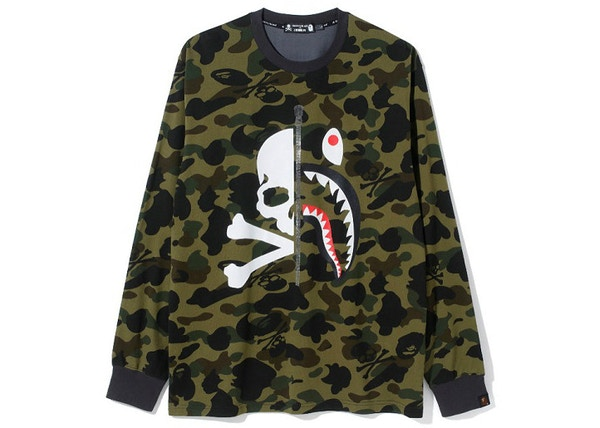 156b89f38 BAPE Vs Mastermind Half Skull Half Shark MMB Split Panel Camo Longsleeve Tee  Green/Black