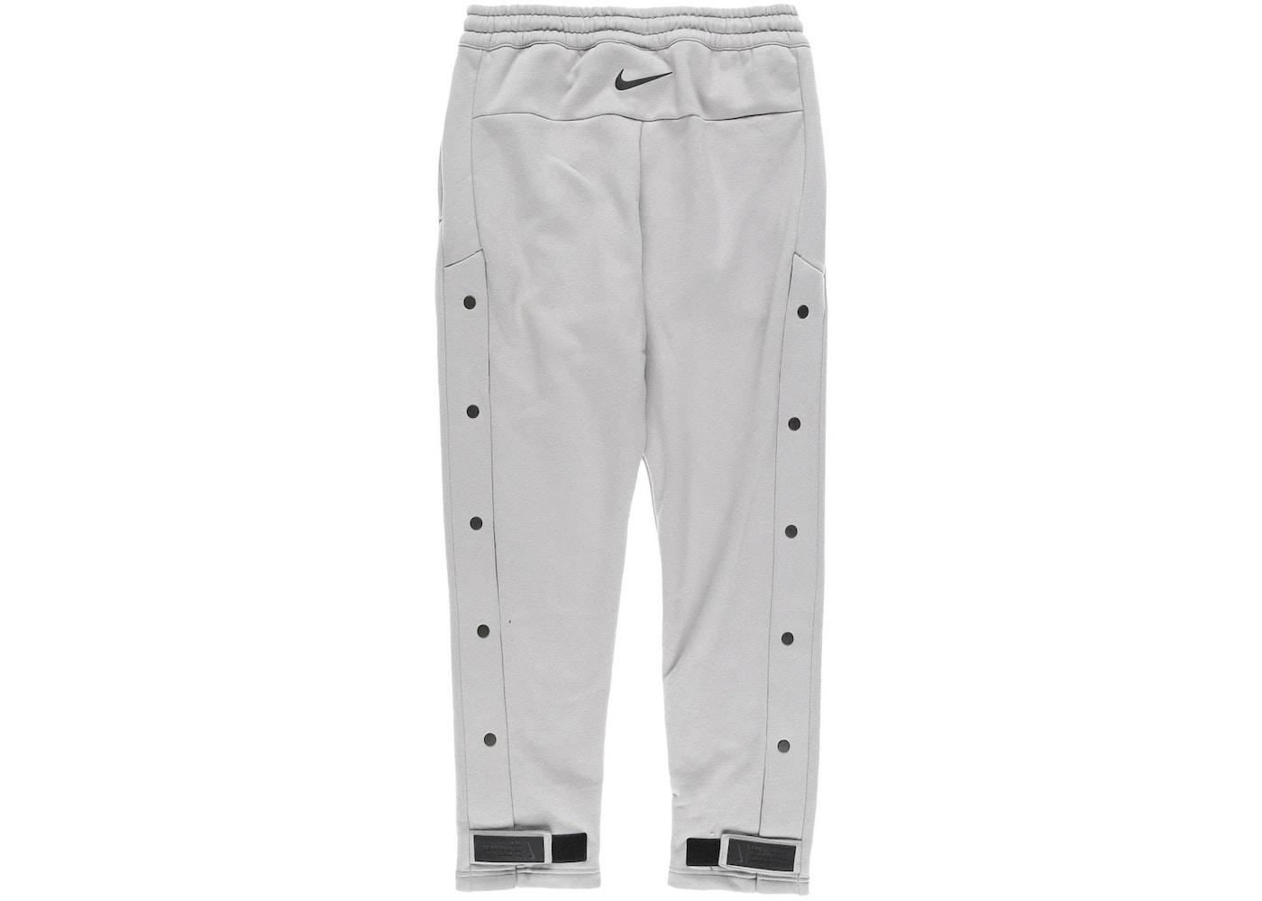 93c4778f Streetwear - FEAR OF GOD Bottoms - Volatility