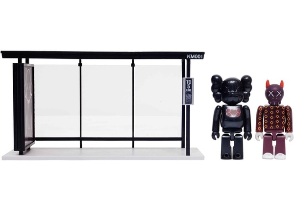 e2138ce4 KAWS x Medicom Bus Stop Series Volume 1 Vinyl Toy Black/Red