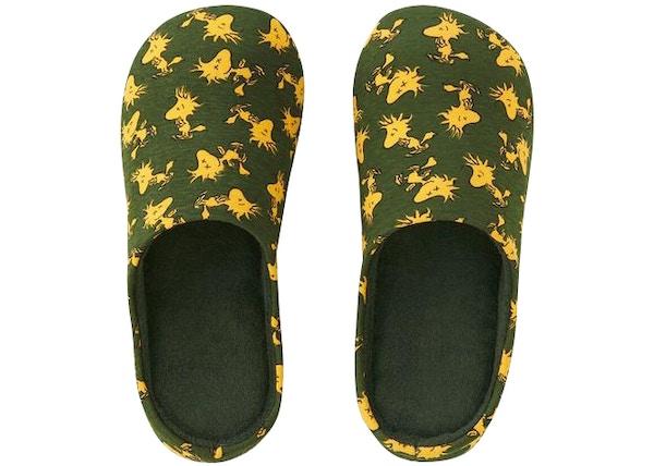 2b5789fdcf Kaws x Uniqlo x Peanuts Woodstock Room Shoes Olive