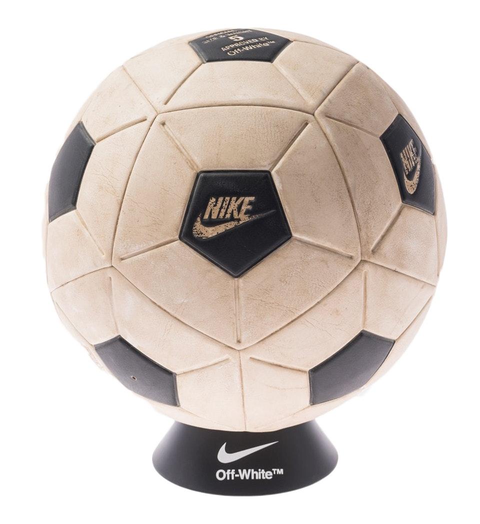 Nikelab x OFF-WHITE Magia Ball White