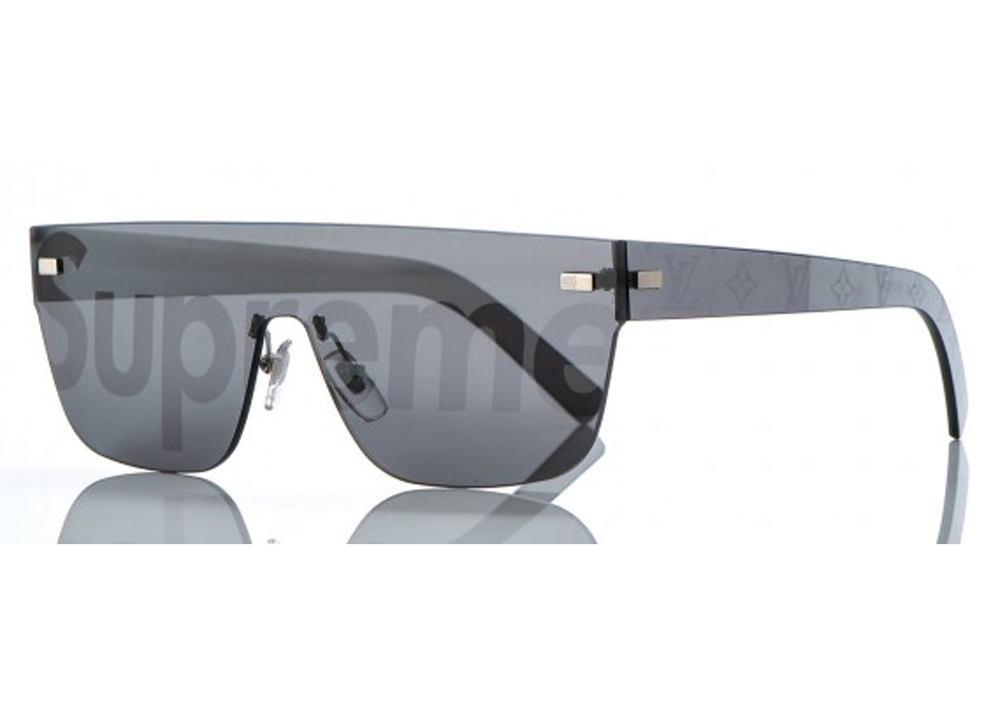 6a3d2f9f5ca0d Streetwear - Supreme Accessories - Last Sale